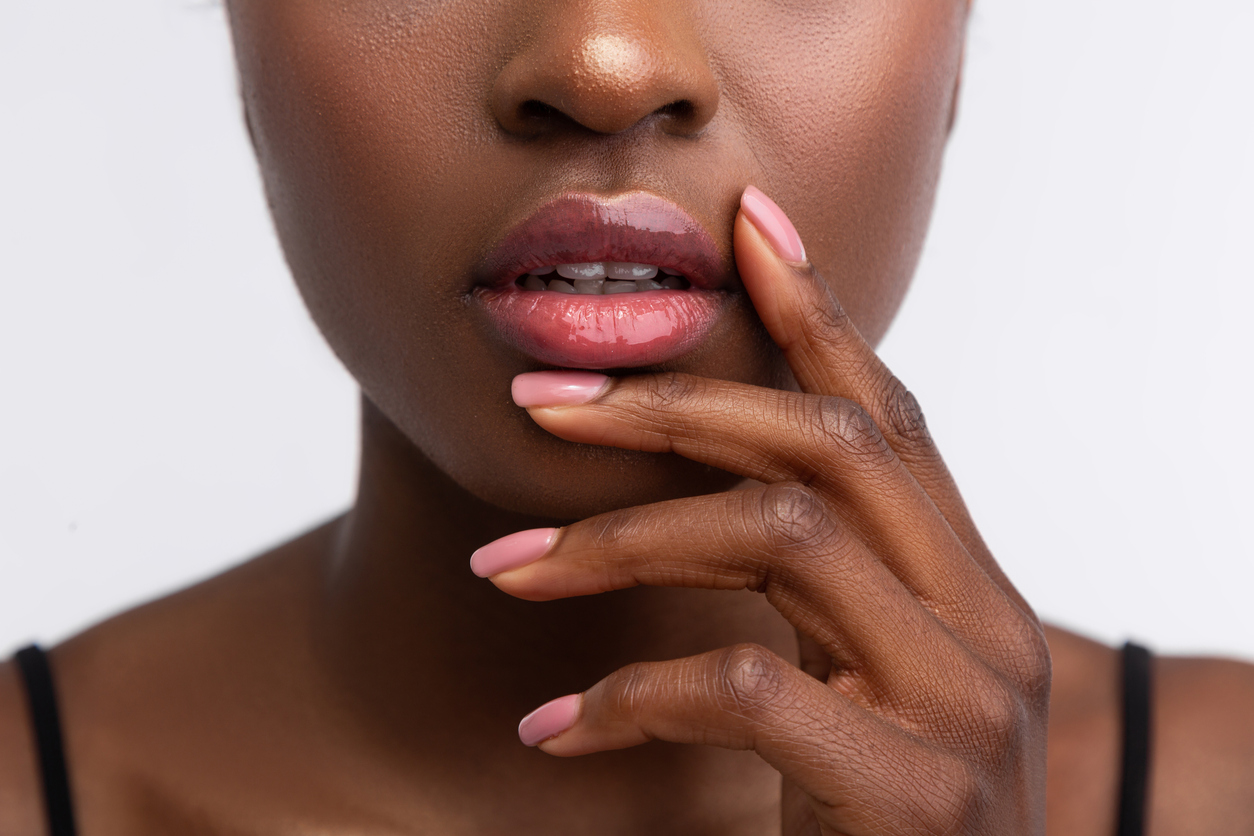 droge lippen tip